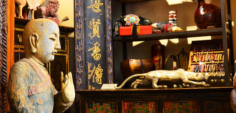 Etnik house etnik house lecco for Mobili cinesi milano